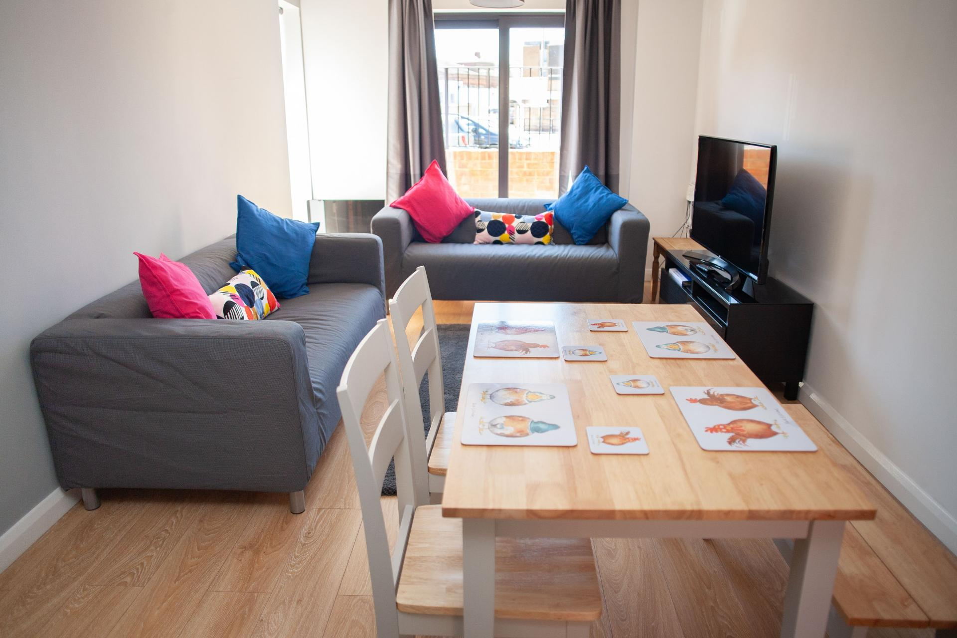 Living diner at Quire Court Apartments, Centre, Gloucester - Citybase Apartments