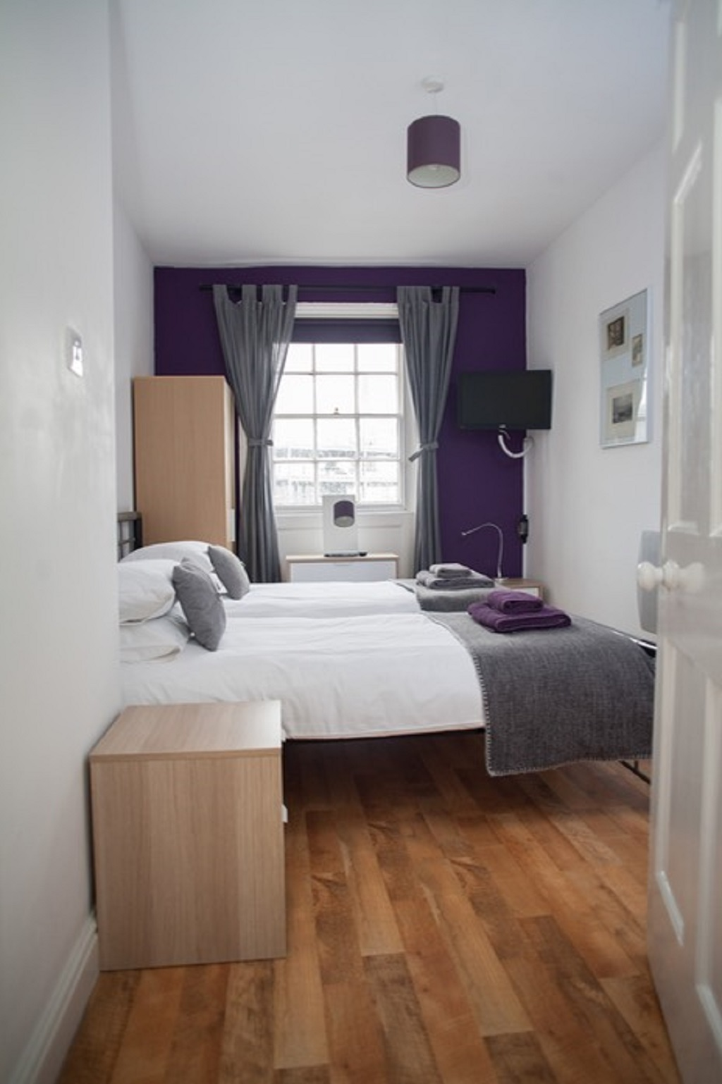 Grey bedding at Quire Court Apartment, Centre, Gloucester - Citybase Apartments