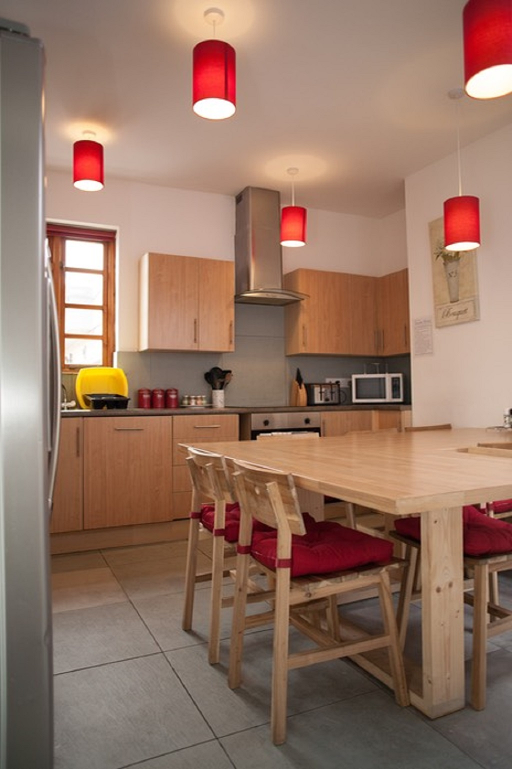 Dining table at Quire Court Apartment, Centre, Gloucester - Citybase Apartments