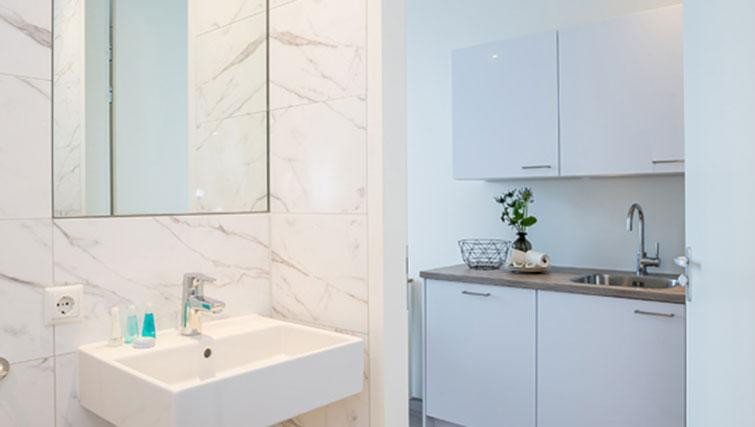 Bathrooms at Hotel2Stay Amsterdam Apartments - Citybase Apartments