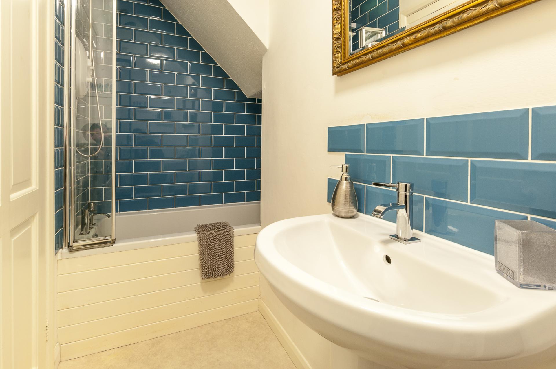 Bathroom at Kimberley Road Apartment - Citybase Apartments