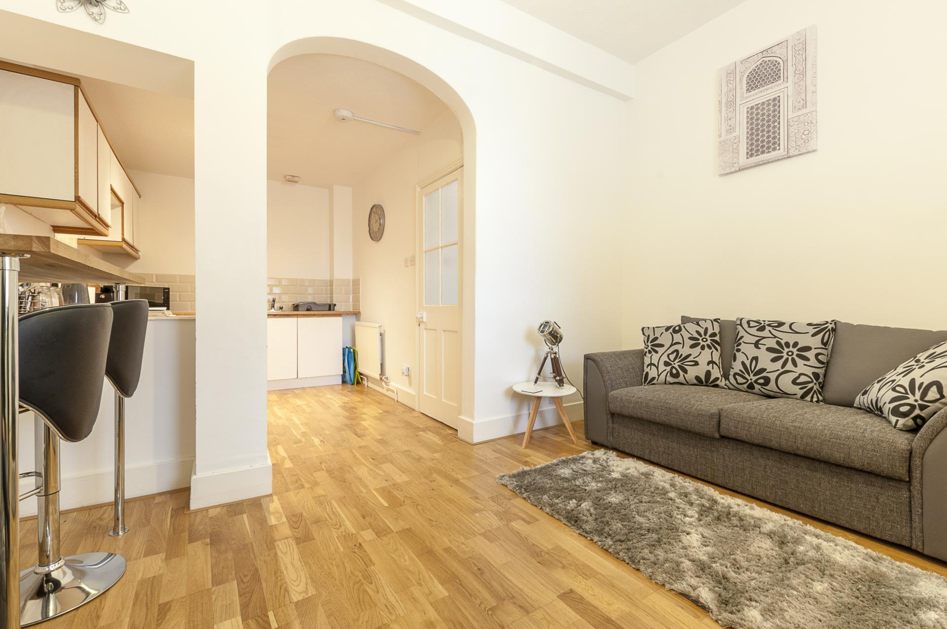 Lounge at Kimberley Road Apartment - Citybase Apartments