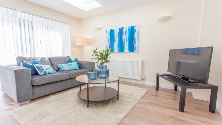 Coffee table at Pinnocks Lodge Apartment - Citybase Apartments