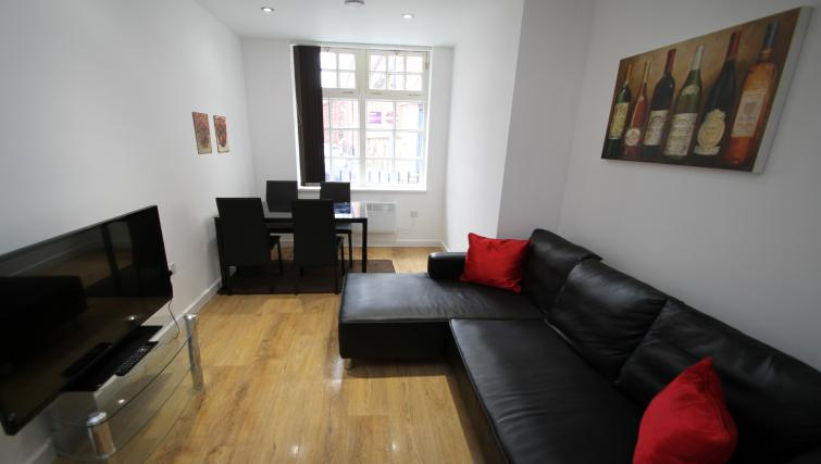Lounge at The Hyde Apartment - Citybase Apartments