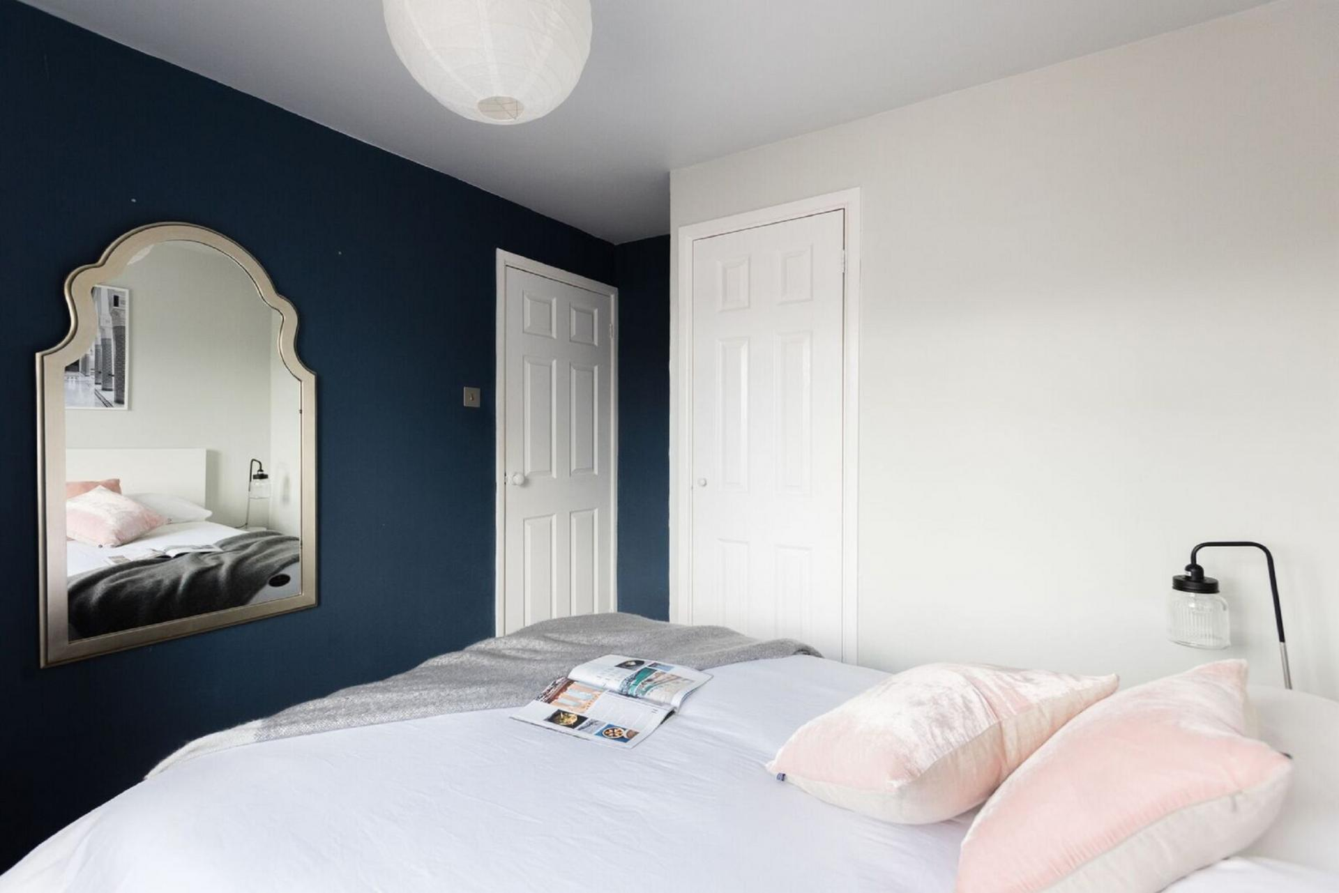 Cosy bedroom at The Press House - Citybase Apartments