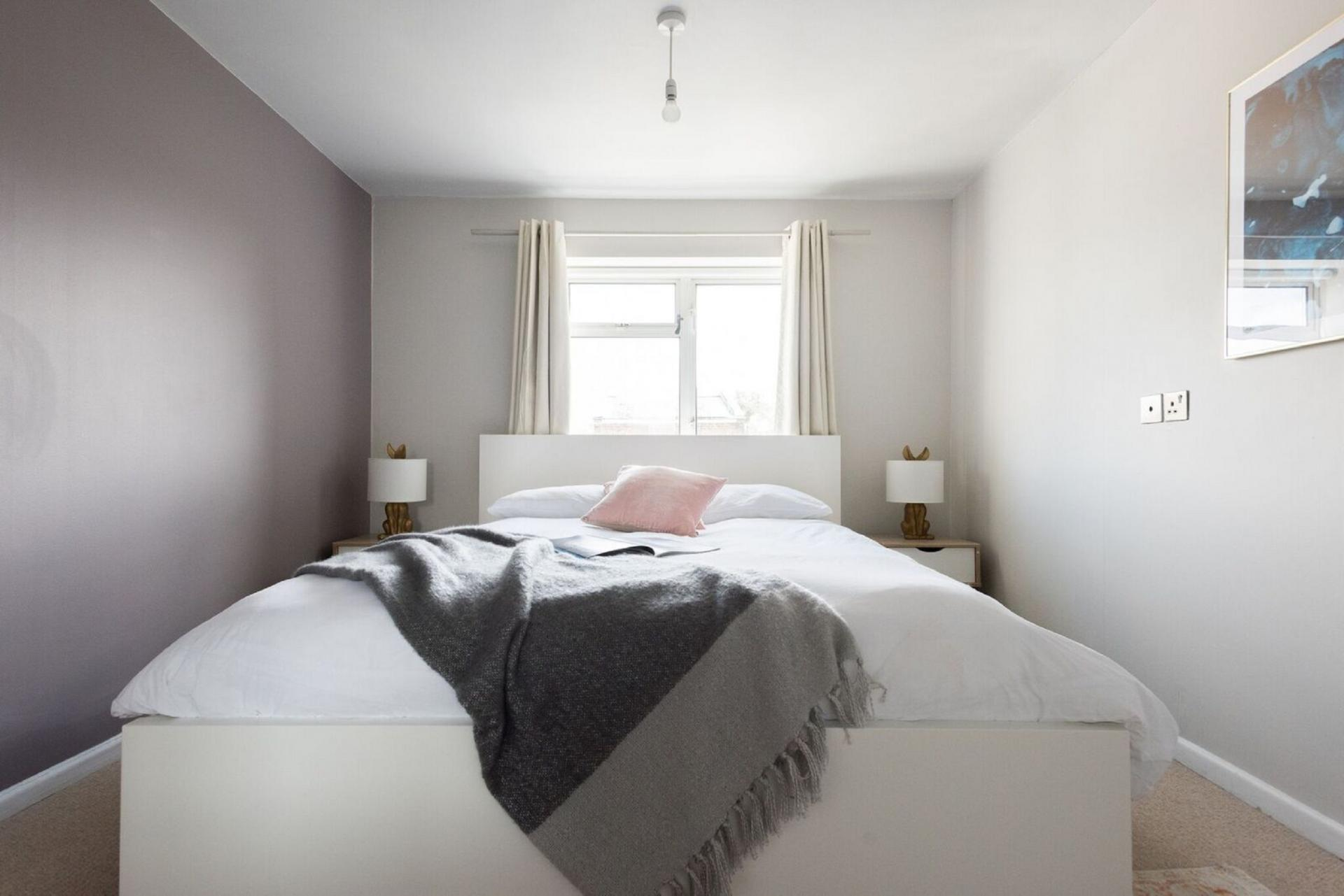 Double bed at The Press House - Citybase Apartments