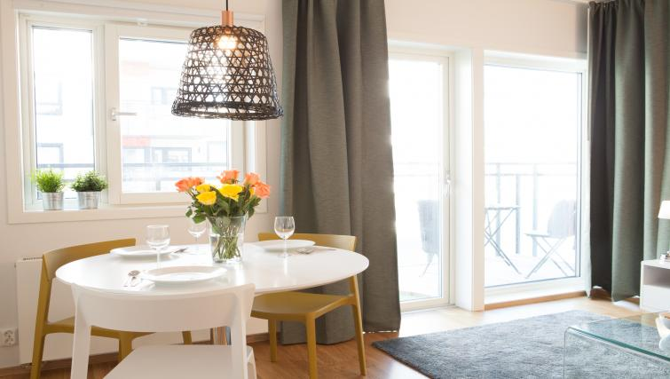 Dining table at Damsgård Apartments - Citybase Apartments