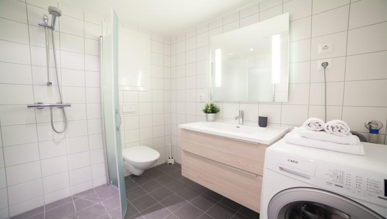 Bathroom at Damsgård Apartments - Citybase Apartments