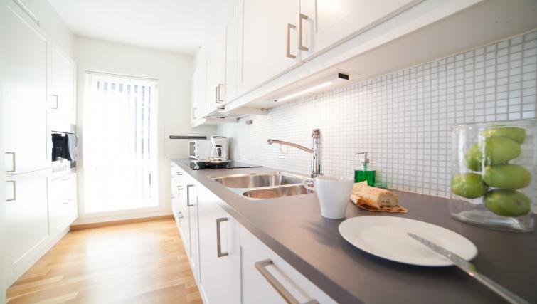 Kitchen counter at Damsgård Apartments - Citybase Apartments