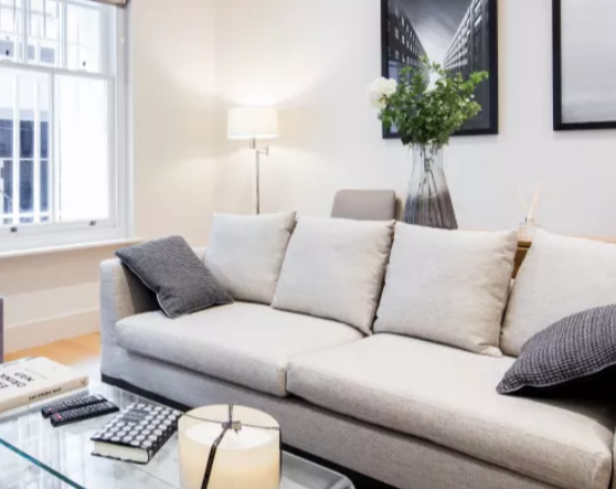 Living room at Fitzrovia Apartments - Citybase Apartments