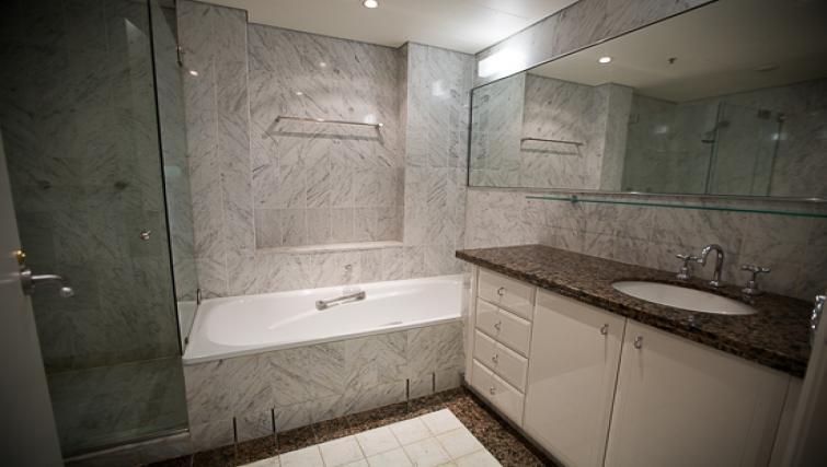 Bathroom at Quay West Apartment - Citybase Apartments