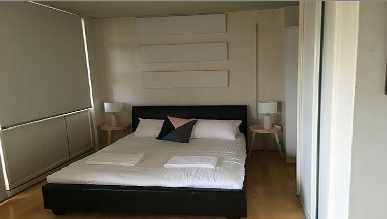 Bed at the High Street Apartments - Citybase Apartments