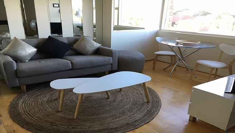 Lounge at the High Street Apartments - Citybase Apartments
