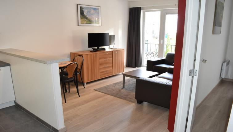 Lounge at Europark Apartments - Citybase Apartments
