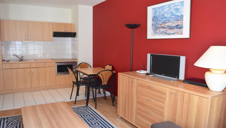 TV at Europark Apartments - Citybase Apartments