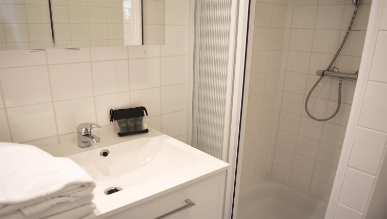 Shower at Europark Apartments - Citybase Apartments