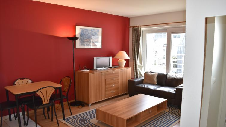 Living area at Europark Apartments - Citybase Apartments