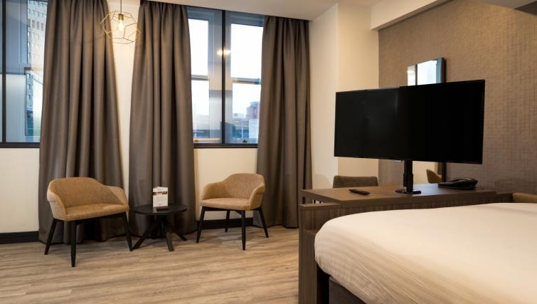 Bedroom at Roomzzz Manchester Corn Exchange - Citybase Apartments