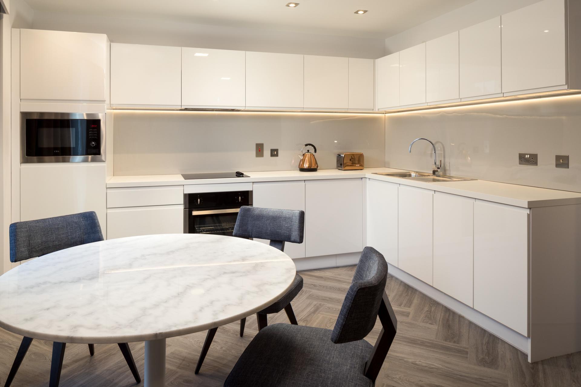 Liberty kitchen at Roomzzz London Stratford - Citybase Apartments
