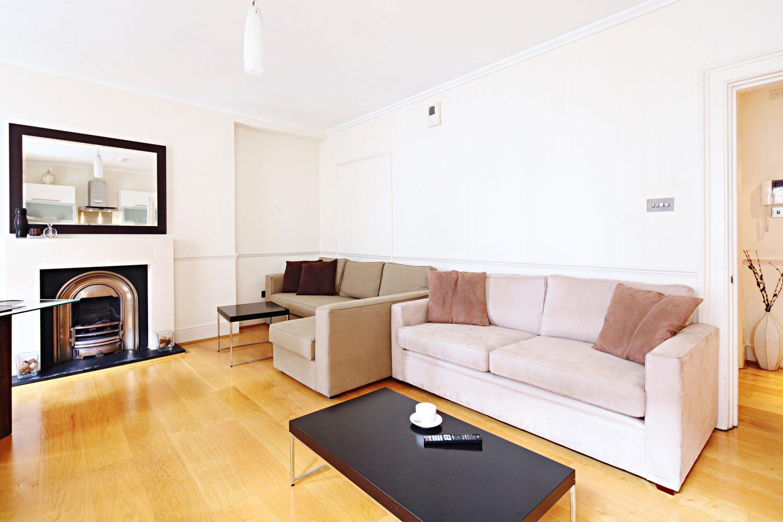 Sofa at  LCS Hanover Place Apartments - Citybase Apartments
