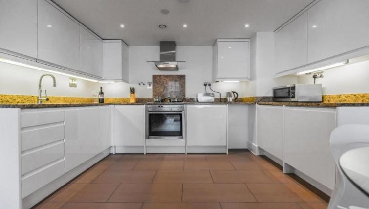 Kitchen at the Valet Limehouse Apartments - Citybase Apartments