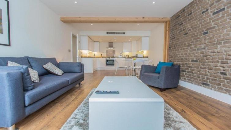 Living room at the Valet Limehouse Apartments - Citybase Apartments