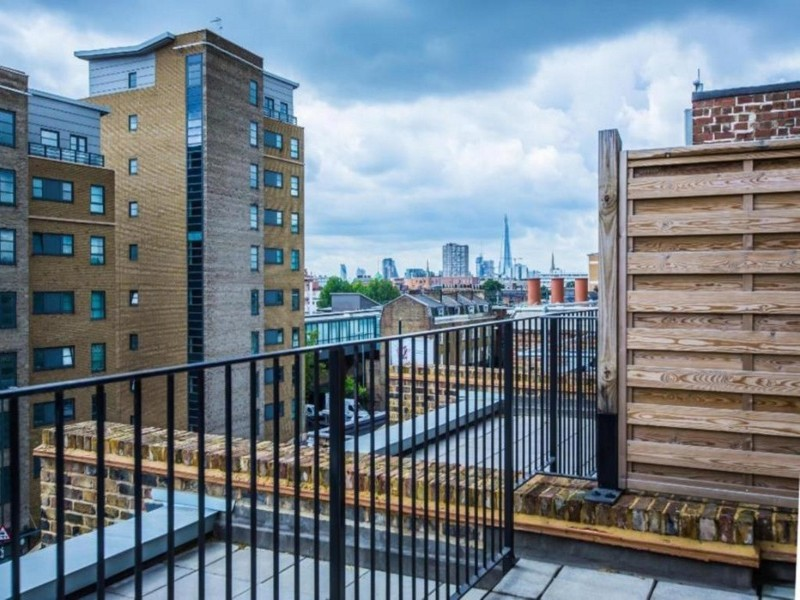 Balcony at the Valet Limehouse Apartments - Citybase Apartments