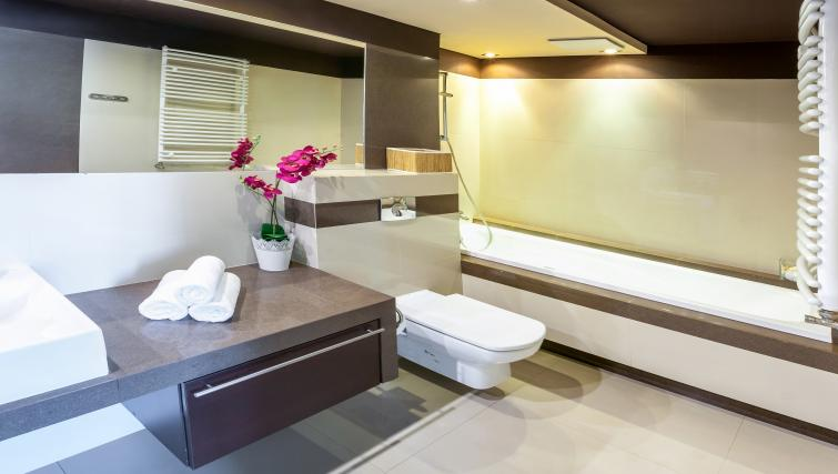Bathroom at Lobzowska Apartments - Citybase Apartments