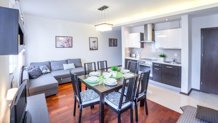 Dining table at Lobzowska Apartments - Citybase Apartments