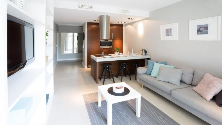 Living area at Lobzowska Apartments - Citybase Apartments