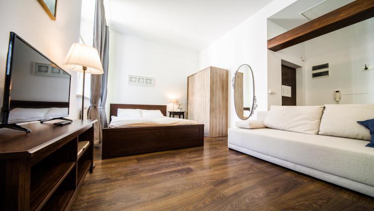 Wooden floors at Lobzowska Apartments - Citybase Apartments