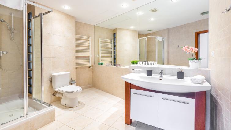 Bathroom at Kazimierza Wielkiego Apartments - Citybase Apartments