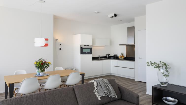 Kitchen at Gershwin Serviced Apartments, Amsterdam - Citybase Apartments