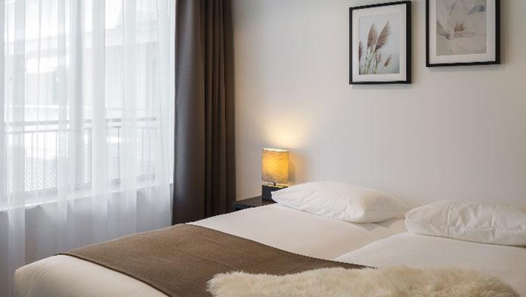 Bedroom at Gershwin Serviced Apartments, Amsterdam - Citybase Apartments