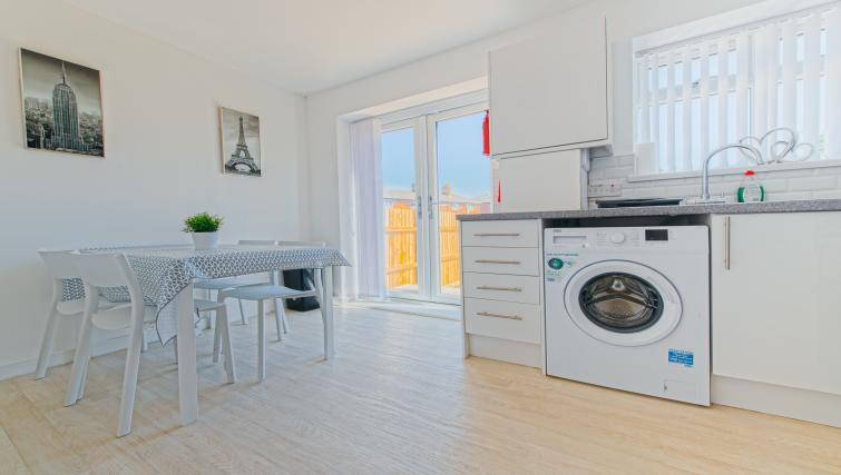Kitchen at Sutton Muse Serviced Apartment - Citybase Apartments