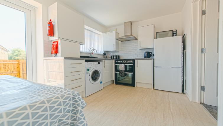Kitchen facilities at Sutton Muse Serviced Apartment - Citybase Apartments
