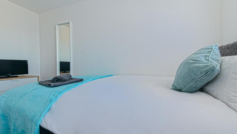 Bed fittings at the Sutton Vale Serviced Apartment - Citybase Apartments