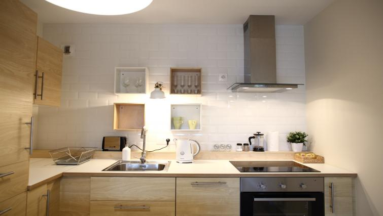 Kitchen counters at Old Town Apartments - Citybase Apartments