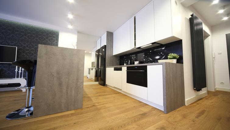 Modern kitchen at Old Town Apartments - Citybase Apartments