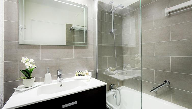 Bathroom in Citadines Part-Dieu Apartments - Citybase Apartments