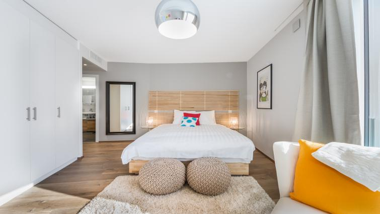 Bedroom at the Noirettes Studios - Citybase Apartments