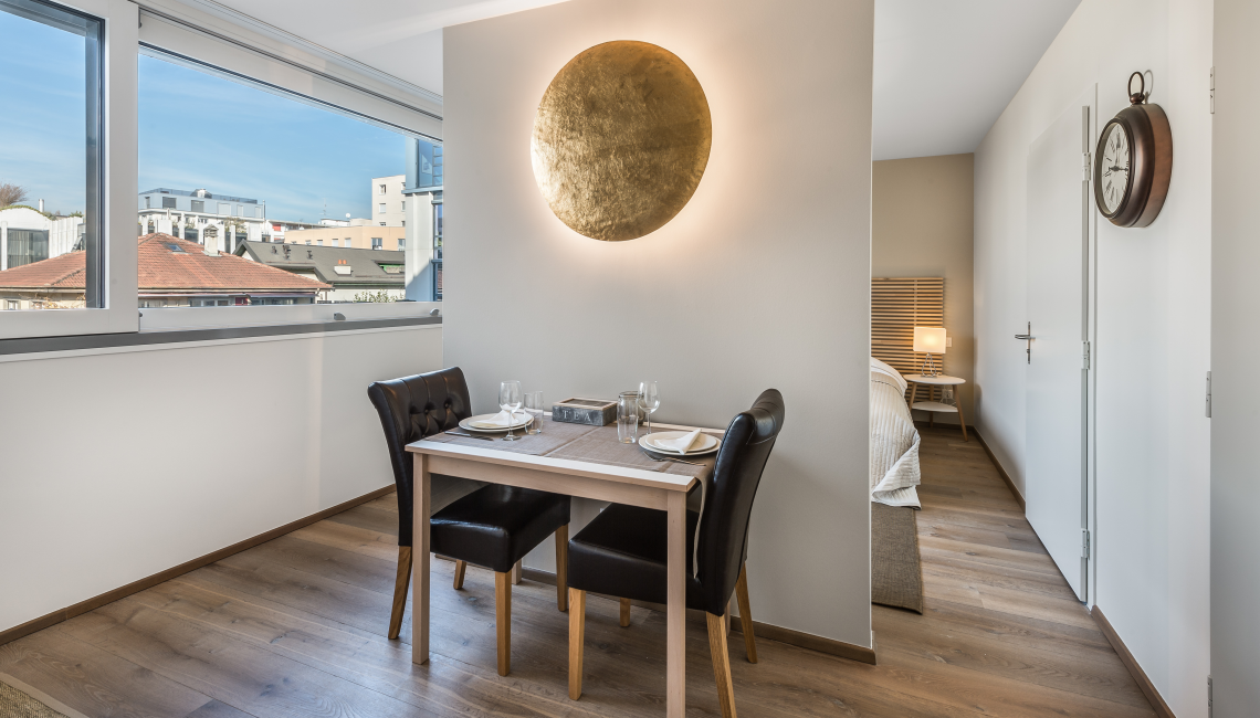 Dining table at the Noirettes Studios - Citybase Apartments