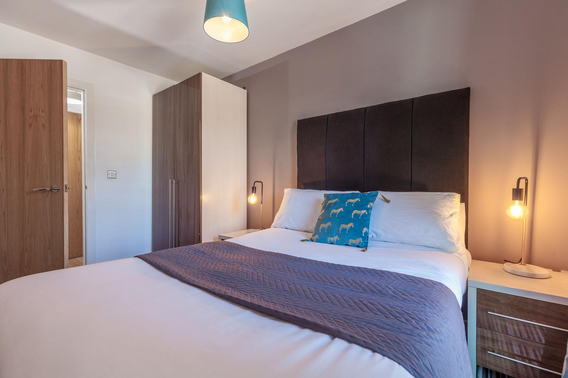 Cosy bed at Waterloo Court Apartments - Citybase Apartments