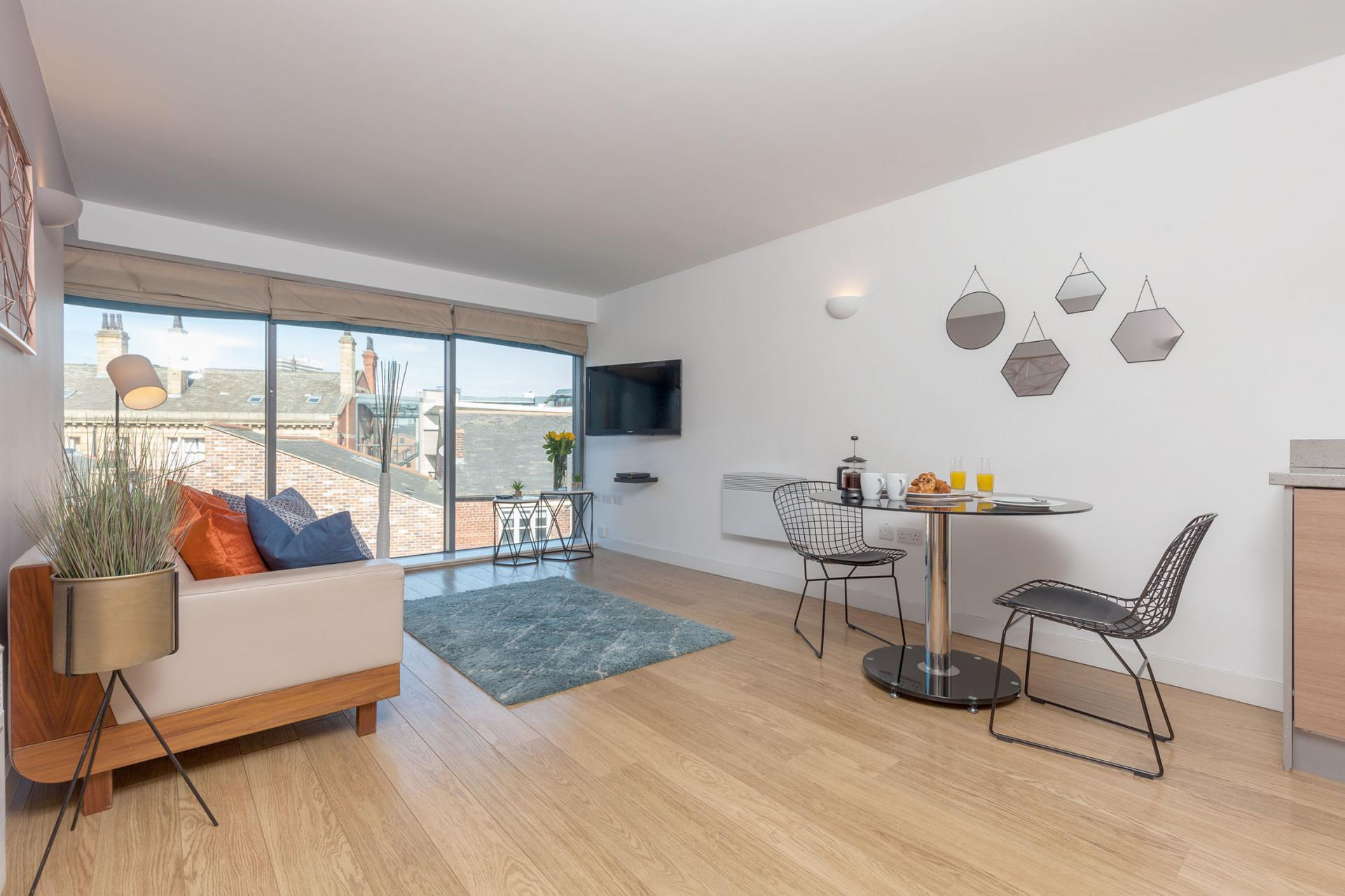 Lounge area at Waterloo Court Apartments - Citybase Apartments