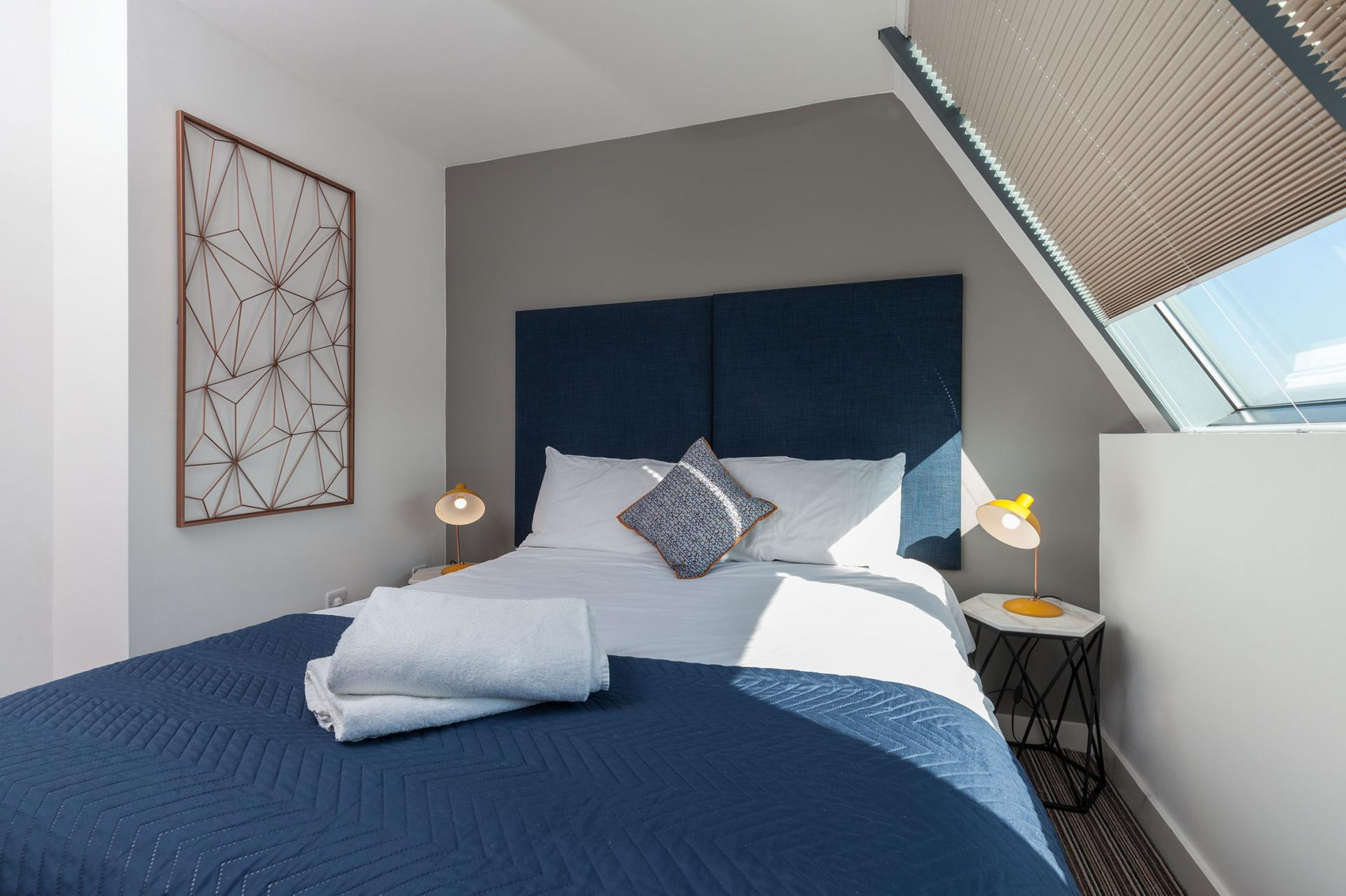 Double bed at Waterloo Court Apartments - Citybase Apartments