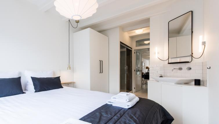 Bedroom at Jordaan Harlem Apartments, Amsterdam - Citybase Apartments
