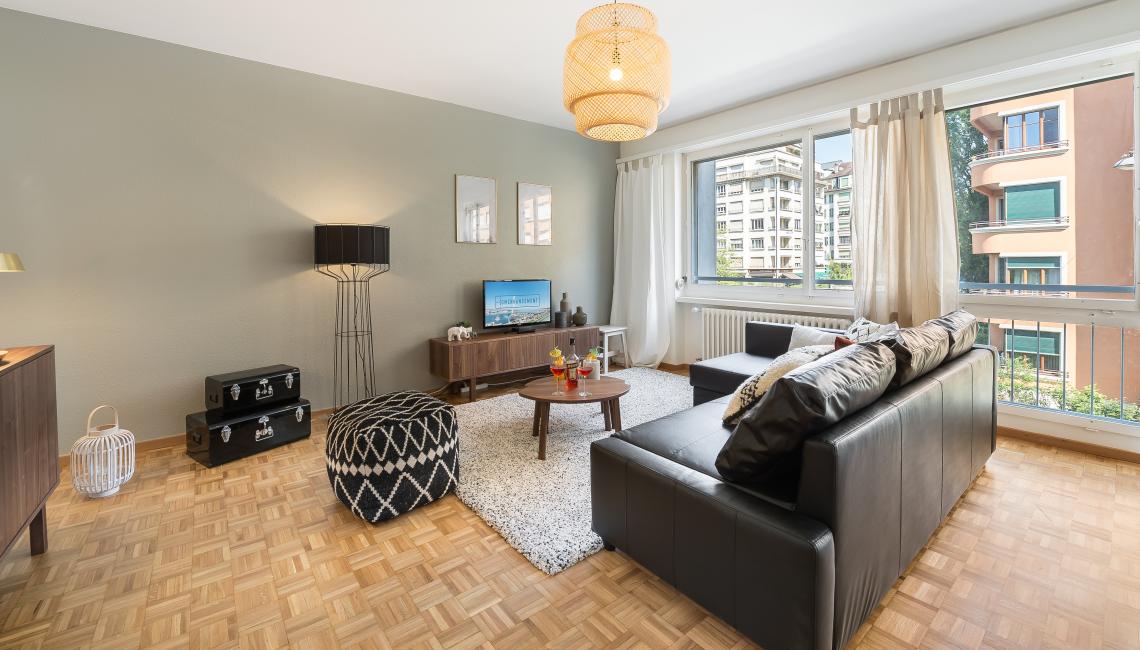 Stylish lounge at Athenee Apartments - Citybase Apartments