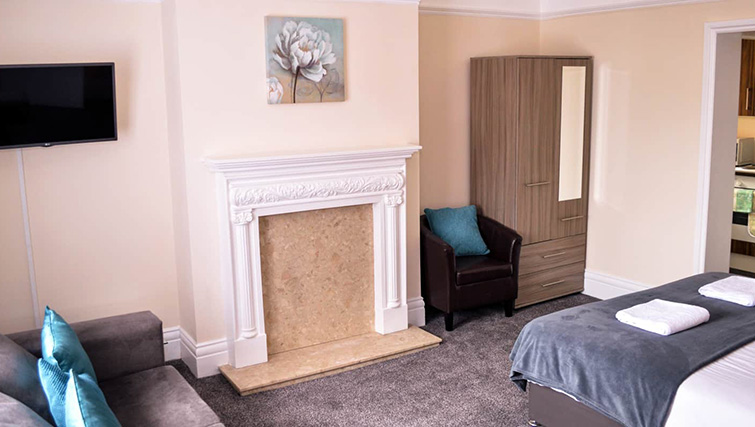 Spacious bedroom at  Orrell House Apartments - Citybase Apartments