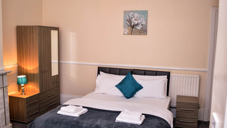 Large bedroom at  Orrell House Apartments - Citybase Apartments