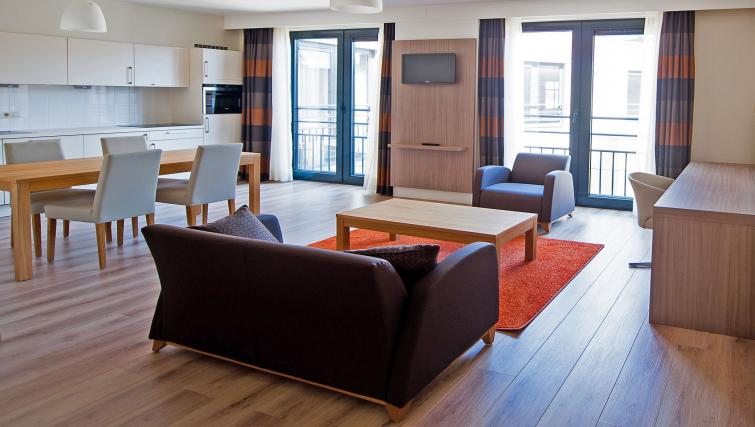 Lounge at the Lambermont Residences - Citybase Apartments